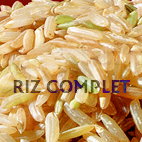On a enlevé la première enveloppe du riz complet dit cargo