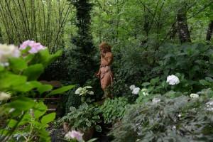 Une statue pour suspendre la méditation