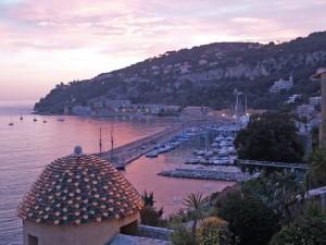 Couché de soleil sur le port de la Darse