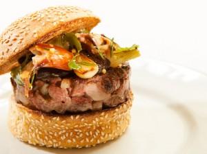 L'étonnant hamburger canard tourteau à la caontonnaise