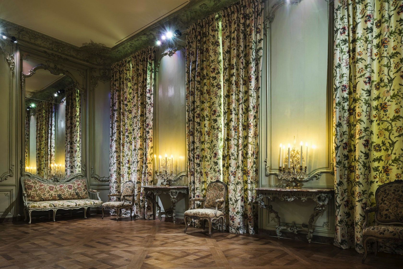l 39 evasion des sens la maison pierre frey aide le louvre. Black Bedroom Furniture Sets. Home Design Ideas