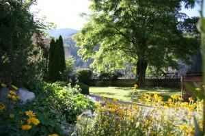 Le petit jardin du gouverneur enclavé dans les remparts