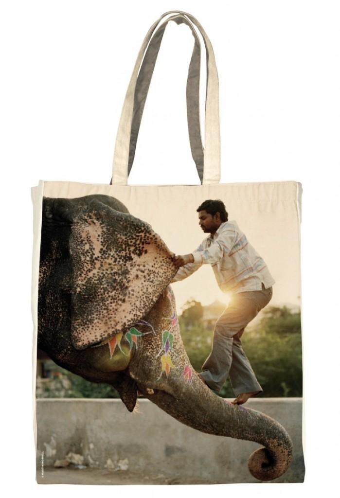 15 sacs achetés assurent la scolarité d'une enfant pendant 1 an
