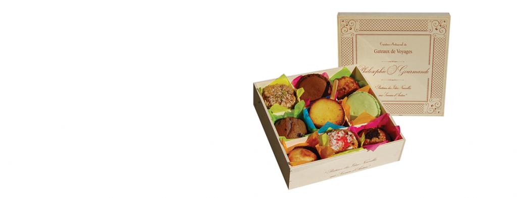 Dans le coffret de découverte des gâteaux de voyage, des financiers, des macarons, des conglolais, des biscuits d'Auvergne....