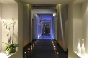 Le couloir du spa 28 desservant les cabines