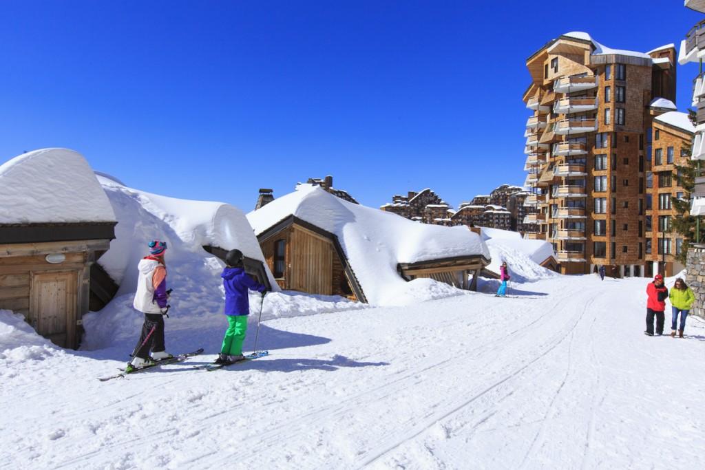 Ski totalement au pied des immeubles à Avoriaz