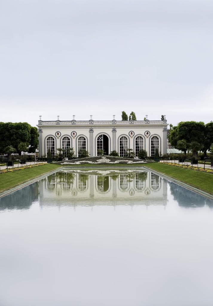 Orangerie et bassin de Moët