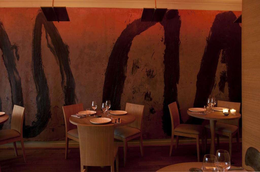 Une toile faite de lin et de cendres sur le plus grand panneau