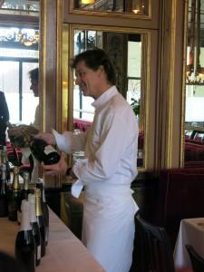 Le chef savoyard Guy Martin présente un Crémant de Savoie