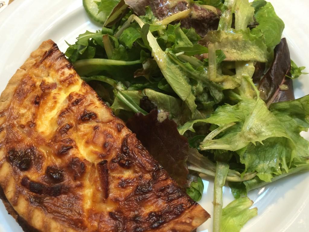 L'ultra classique quiche salade