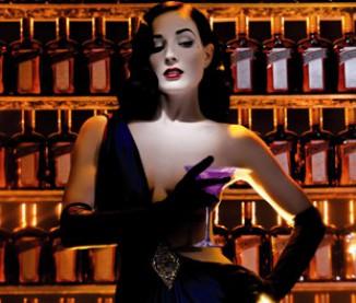 La sulfureuse Dita von Teese et son cocktail sexy