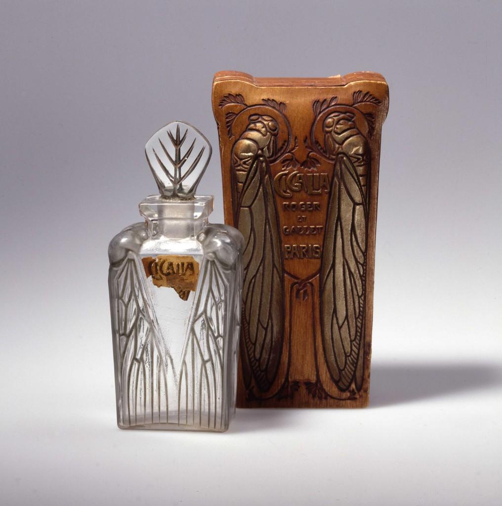 Flacon et boîte Cigalia créé par R.Lalique pour Roger & Gallet