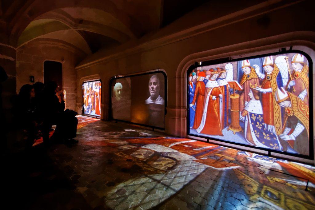 Visite avec figurants de l'historial Jeanne d'Arc.