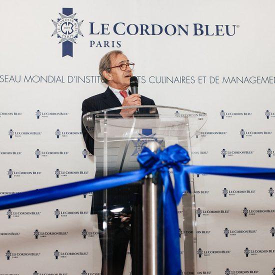 André Cointreau, le PDG du Cordon Bleu, lors de l'inauguration de la nouvelle école parisienne