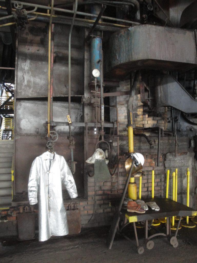 Accessoires vestimentaires des derniers sidérurgistes