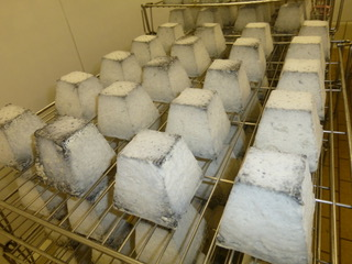 A la fromagerie Anjouin