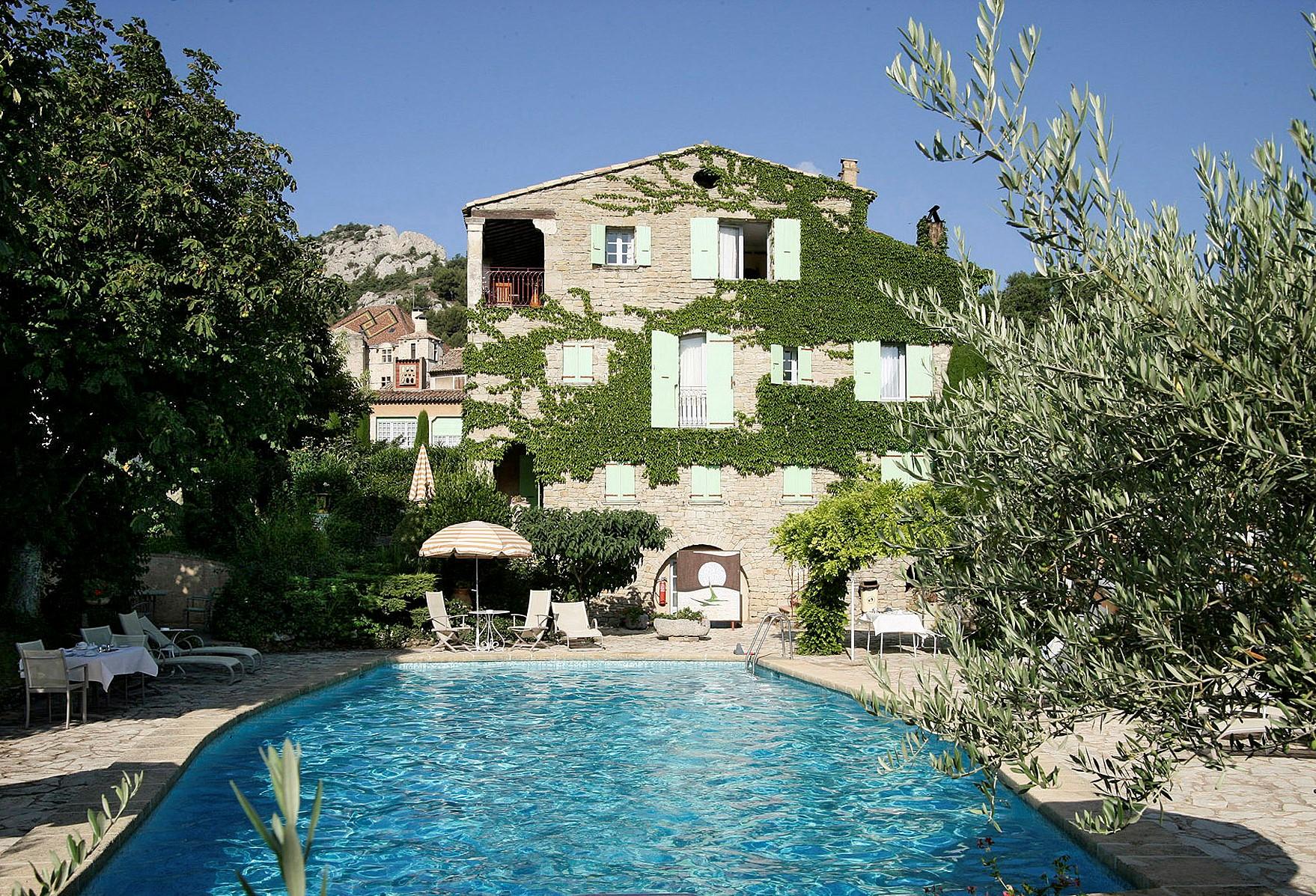 L 39 evasion des sens la bonne etape restaurant toil de for Camping haute provence avec piscine